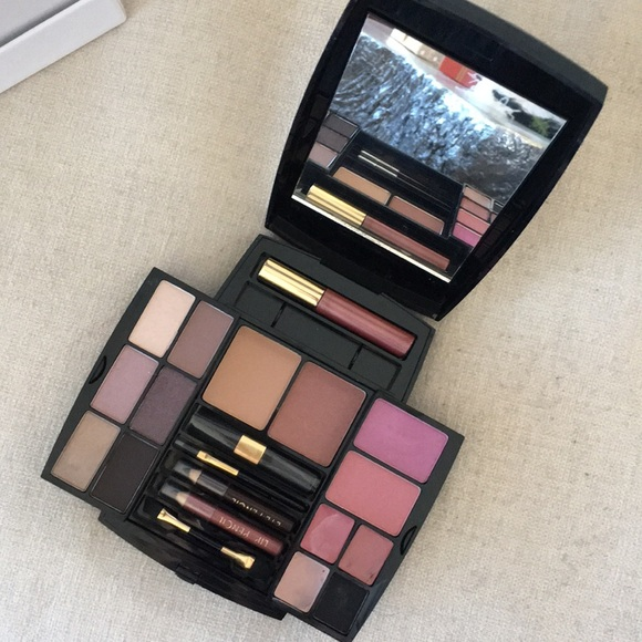 Pure Cosmetics Other - Makeup Case Palette